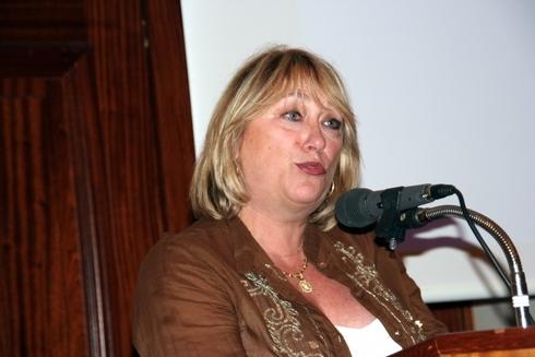 Michèle Laget-Herbaut, veut une discussion pragmatique et des relations saines
