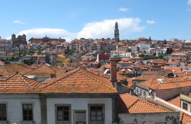Berceau du vin éponyme Porto est une destination de choix pour les amateurs de dégustations que ce soit dans les tavernes, les fameuses caves des bords du Douro ou les anciens cafés comme le Guarany ou le Majestic - photo JDL