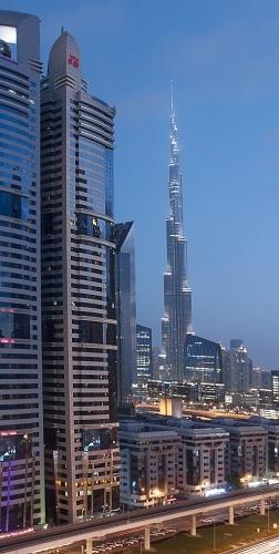 L'hôtel de Warwick International à Dubaï compte 357 chambres réparties sur 47 étages - Photo DR
