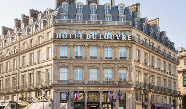 Paris : Hyatt Hotels partenaire de l'école Comondo pour la rénovation de l'Hôtel du Louvre