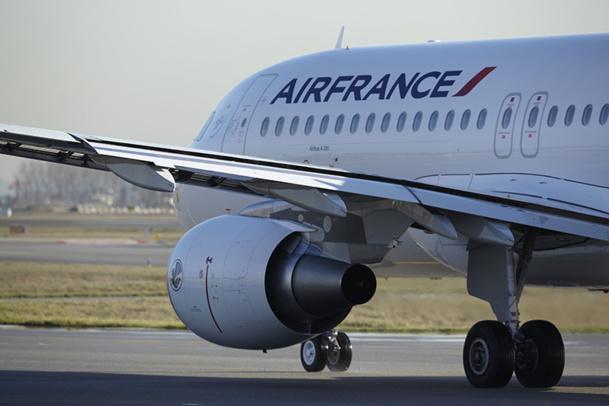 Un arrêt de travail de 12h45 à 15h45, touchera la plus grosse plage de départs long-courriers de la journée, avec plus de 30 vols long-courriers programmés, sur 70 vols long-courriers quotidiens - DR : Christophe Leroux, Air France