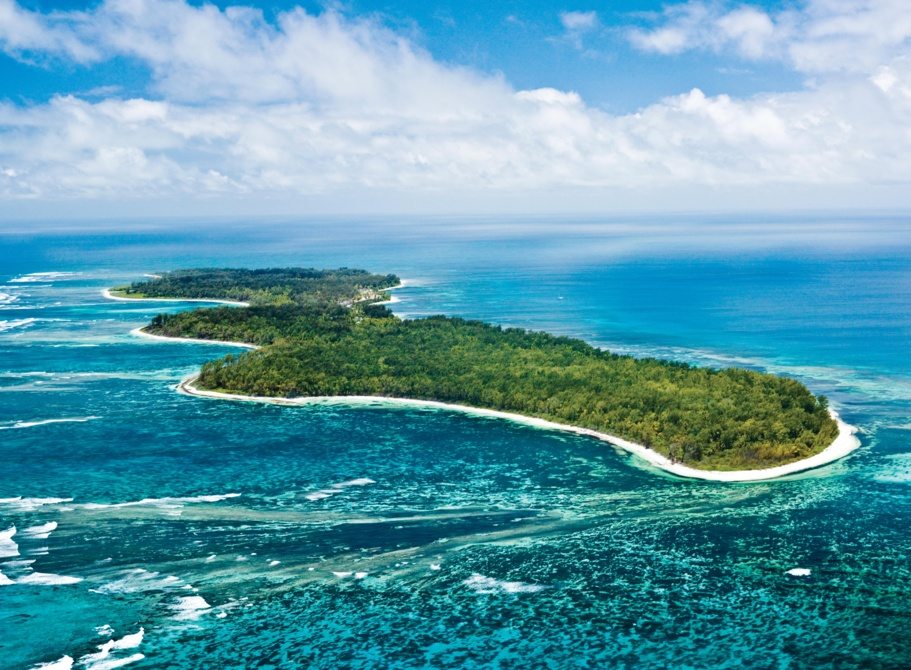 L'île Desroches  (Seychelles) : une destination « no shoes, no news »
