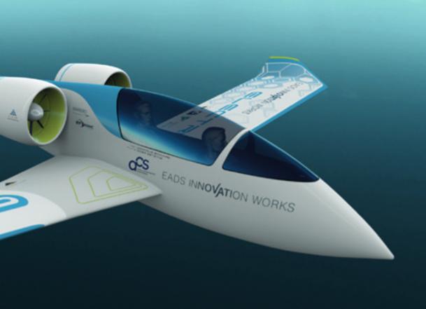Le prototype E-Fan, qui servira dans la formation initiale des pilotes. - DR