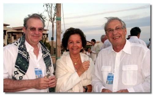 Francis Gallo (gche) et Jean Korcia et Madame, lors de la Convention Snav IDF à Chypre