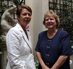 Rosamé Piret et Nancy Hamilton, du Lee County Visitor & Convention Bureau