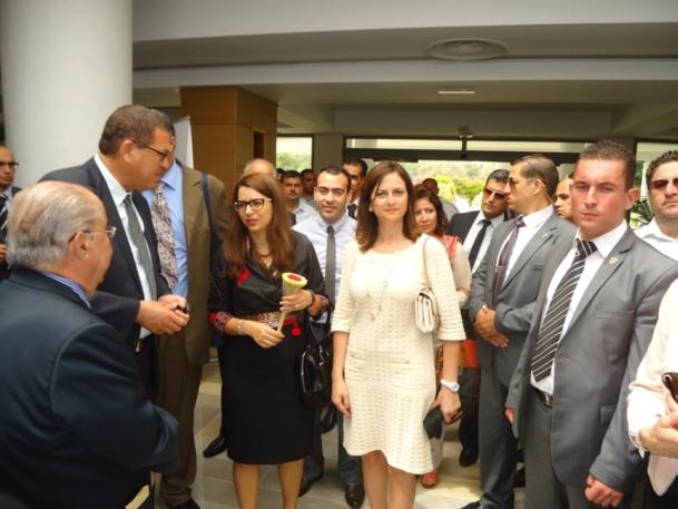 Amel Karboul Ministre du Tourisme  avec Faten Zghal directrice général de Thalassa Hotels (à sa droite) et, de profil à gauche sur la photo, Slim Zghal président du groupe Thalassa Hotels.