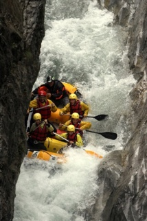 Rafting dans la rivière de l'Ubaye. Photo LT.