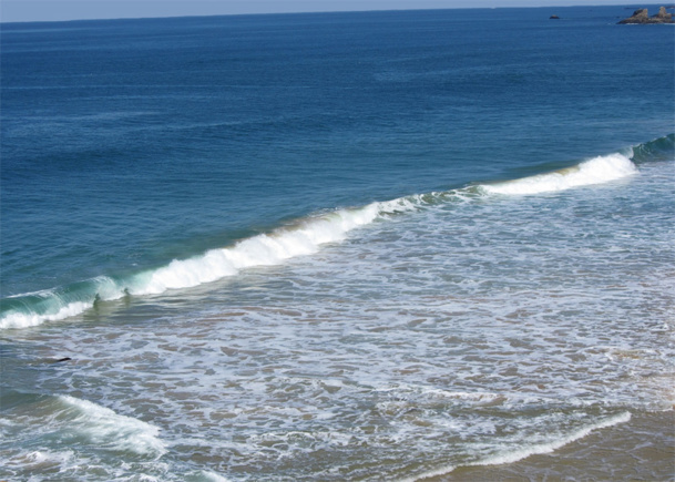 Recueillie au large des estuaires et des côtes, l'eau de mer est utilisée dans les 48 heures au grand maximum – de préférence 24 - qui suivent sa captation © CB94 - Fotolia.com