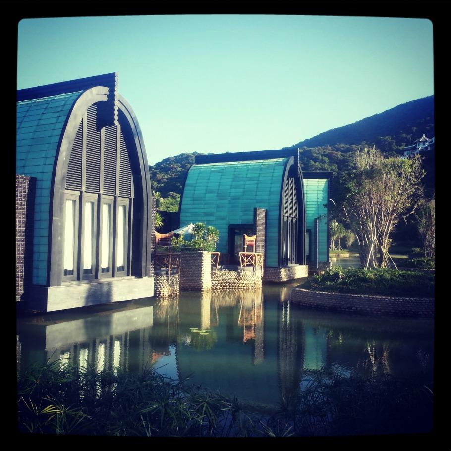 Les bungalows du Harnn Heritage Spa de l'InterContinental Danang Sun Peninsula Resort