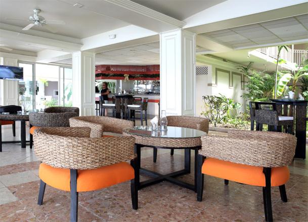 Le Beach qui compte 125 chambres est un hôtel 4 étoiles, qui après un changement de propriétaire et de gestion, a subi d'importants investissements en matière de rénovation - DR