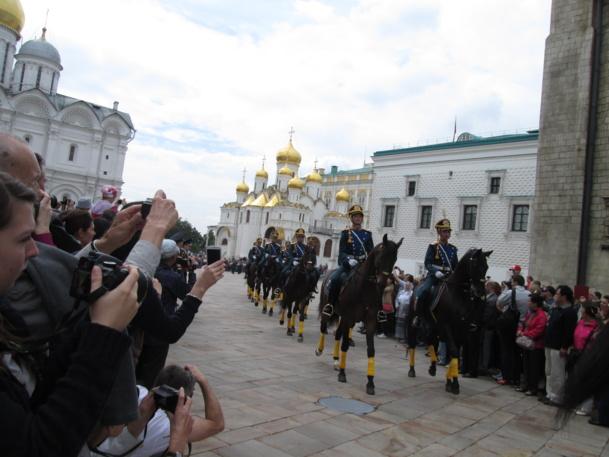 La parade du samedi au Kremlin - DR : M.S.