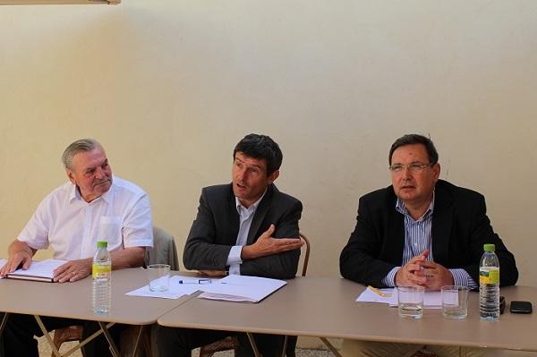 Maurice Chaspoul conseiller à Valensole, Pierre Meffre, Président CRT paca et Jean-Pierre Serra président ADT 83. Photo : LT