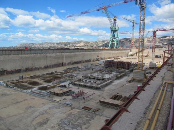 Le chantier de remise en état de la Forme 10 du Grand Port Maritime de Marseille nécessite un investissement de 28,1 millions d'euros - Photo P.C.