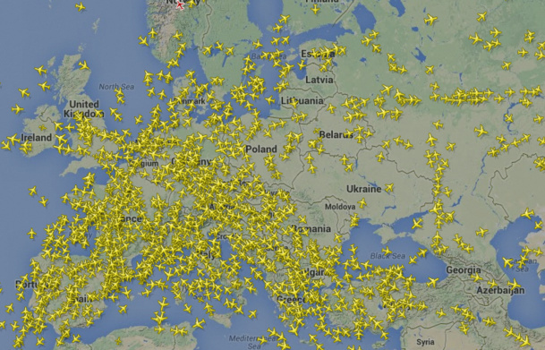 Planes are leaving the Ukrainian air space, as illustrated on this flightradar24.com website. DR