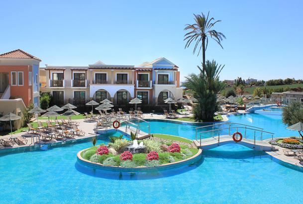 Plusieurs dizaines de clients de l'hôtel 5 étoiles Lindos Imperial, à Rhodes, ont été pris de vomissements et de diarrhées - DR : Lindos Hotels