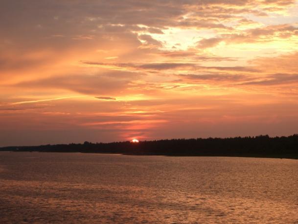 Coucher de soleil sur la Volga - DR : M.S.