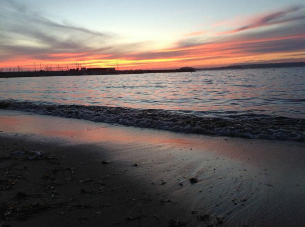 Les concentrations d'un grand nombre de chambres touristiques au bord de la plage ne sont plus en adéquation avec la sensibilité écologique née dans les années 70 - DR JdL
