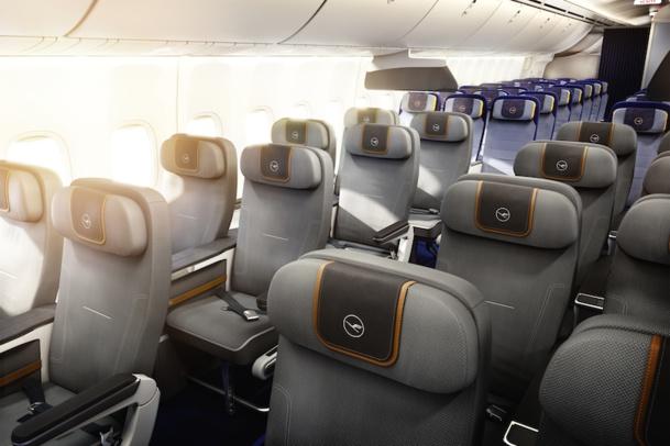 Les fauteuils de la nouvelle classe premium économy de Lufthansa offriront 50% d'espace en plus. DR