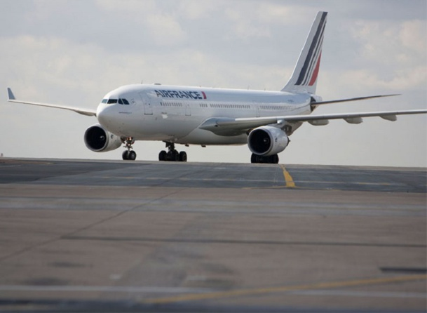 Vous l'aurez deviné, c'est encore une fois d'Air France dont je veux parler ce matin. Air France, une si belle compagnie que l'on en a bien souvent rêvé, celle qui devait faire du ciel… etc - Photo AF Virginie Valdois
