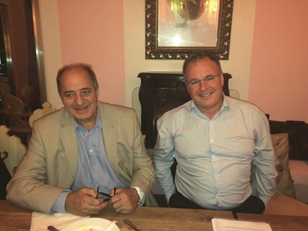 Jean-Pierre Mas le président du SNAV et Pierre Descazeaux, le directeur général du marché France n'ont eu aucun mal à s'accorder sur les compensations destinées aux agents de voyages. DR - LAC