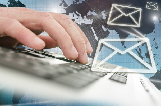 L'email reste l'outil numéro 1 utilisé par les employés d'une petite entreprise.   À tel point qu'il est aujourd'hui gangrené par un problème récurrent : l'engorgement des boîtes mails - © Gajus - Fotolia.com