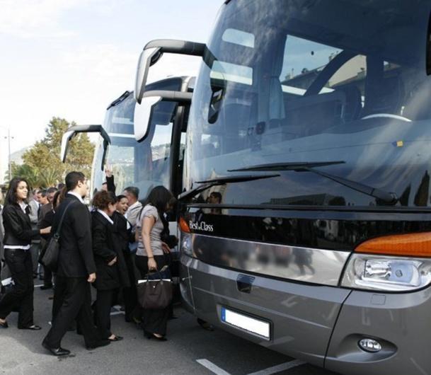 En général, les autocaristes du tourisme accueillent positivement le projet de libéralisation du transport en autocar d'Emmanuel Macron. Mais, après les annonces, ils attendent des concrétisations - Photo DR