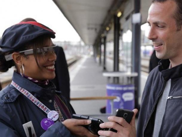 Jeudi 23 octobre 2014, les passagers de l'iDTGV 2923 ont été contrôlé différemment, en gare de Béziers, avant de prendre place à bord du train - DR : Stuffi