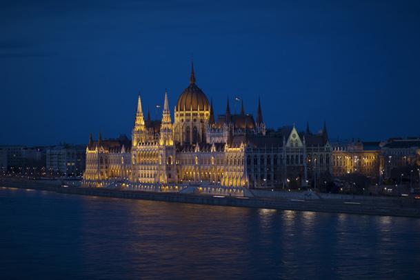 Les diners croisières sur le Danube à Budapest ont la cote cette année - DR : OT de Hongrie et Kompas