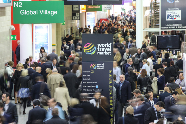 The aisles of the WTM Trade Fair in London were filled throughout the day. Better patiently wait for coffee! © WTM