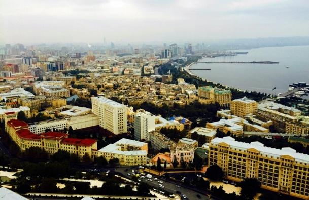 "Bakou has all the qualities to become the Caucasus' next ""Dubai"" /photo JDL"