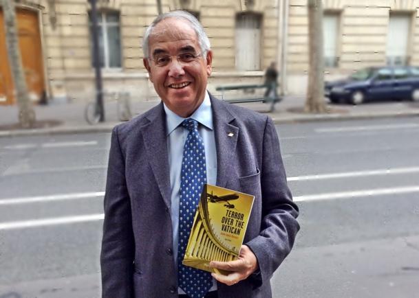 La case de l'Oncle Dom : le roman fait pousser des ailes à J.-L. Baroux
