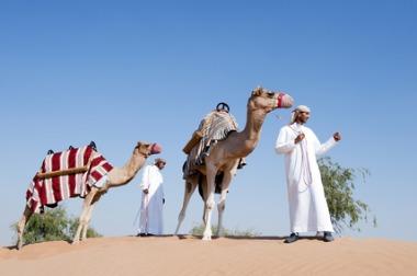 Transfert à la villa à dos de chameau - DR : Banyan Tree Hotels & Resorts