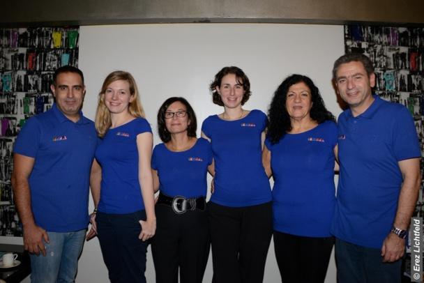 L'équipe de l'OT au complet  Yaniv , Laureline, Maguy, Efrat Groman (directrice de l'OT) , Nadine et Laurent