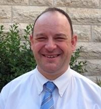 David Sprecher, avocat international, enseignant mais aussi chroniqueur du département Médias de TourMaG.com, coordonnera le projet