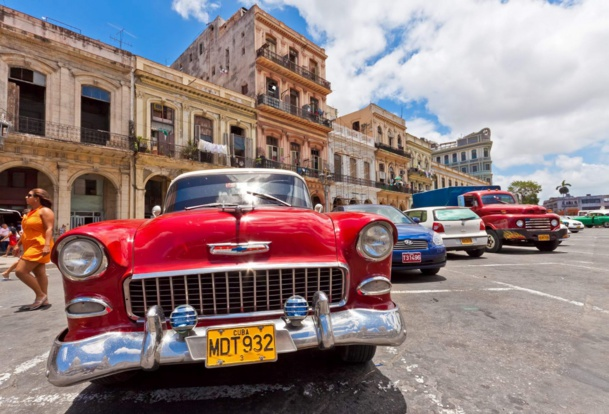 Old vintage cars in Havana /picture We Are Explorers