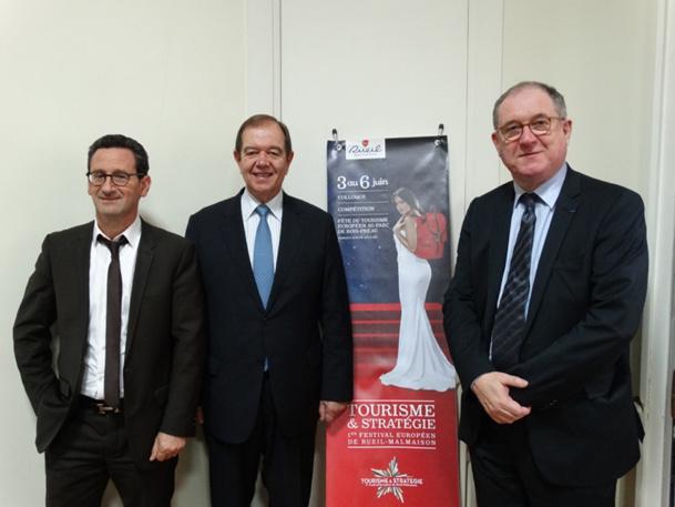 De gauche à droite : Bernard Sabbah, consultant au tourisme, Patrick Ollier, député-maire de Rueil Malmaison et Philippe Trottin, adjoint au maire de Rueil délégué au tourisme - DR : J-B. H.