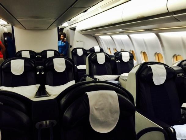 L'appareil est équipé de 18 fauteuils en classe affaires (inclinables à 180°) et de 236 sièges en économie. /photo JDL