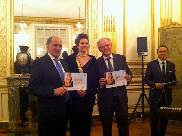 Jean-Pierre Mas le président du SNAV et René-Marc Chikli le président du SETO entouré de Miss Egypte, tentent de relancer la destination. DR - LAC