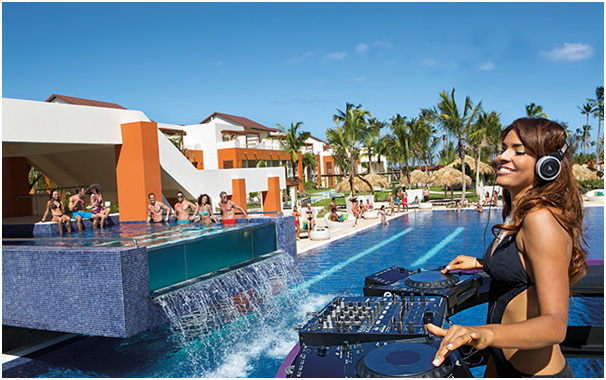 La Freestyle Pool du Breathless Punta Cana Resort & Spa