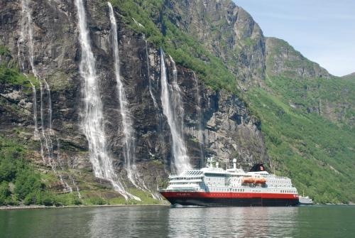 Il est désormais possible de réserver sur les croisières Hurtigruten pour 2016 - Photo DR