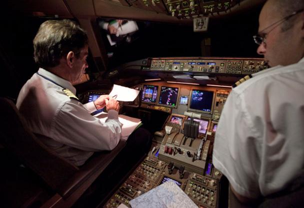 La grève des pilotes va obliger AF a réviser à la baisse son excédent brut d'exploitation (EBITDA) sur 2014 /Photo AF Virginie Valdois