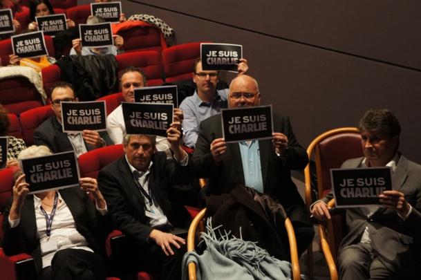 A l'occasion de la convention les 300 participants ont fait une minute de silence en hommage aux victimes de l'attaque de Charlie Hebdo - Photo CE