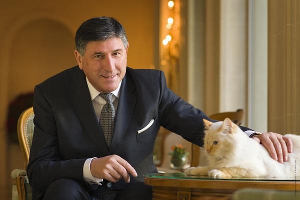 Didier Le Calvez a été désigné Meilleur Directeur d'Hôtel du monde - Photo : Roméo Balancourt / Le Bristol Paris