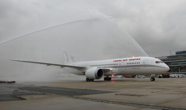 Baptême du tout premier Dreamliner de la compagnie Royal Air Maroc, qui se posera à Orly jusqu'en février. DR-LAC