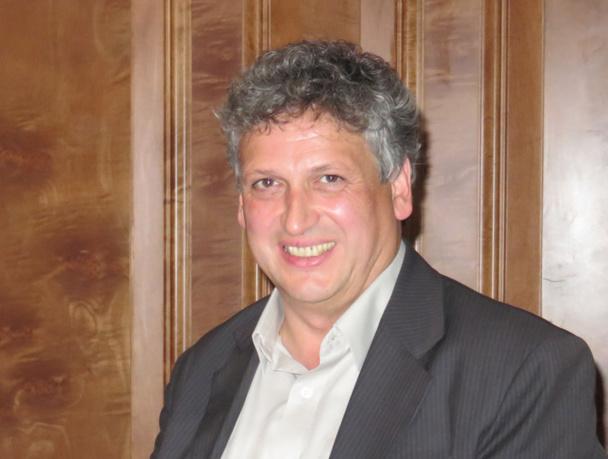 """Helmut Gschwentner, directeur général : """"Nous avons la chance d'être une entreprise familiale qui compte 2 actionnaires mon frère Toni et moi. Nous n'avons donc pas à verser de dividendes à des actionnaires extérieurs""""- Photo JdL"""