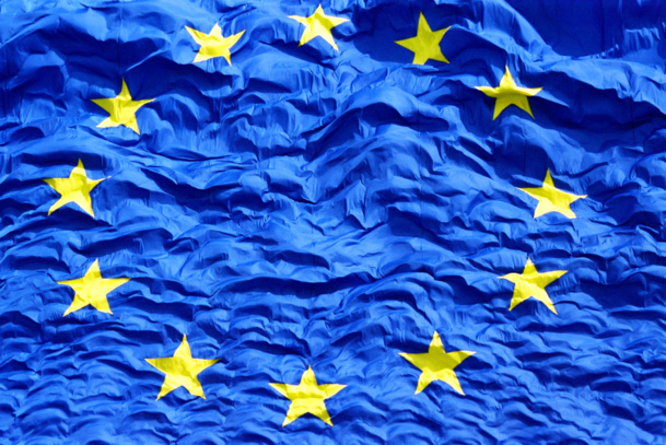 Photo European flag Commission Européenne