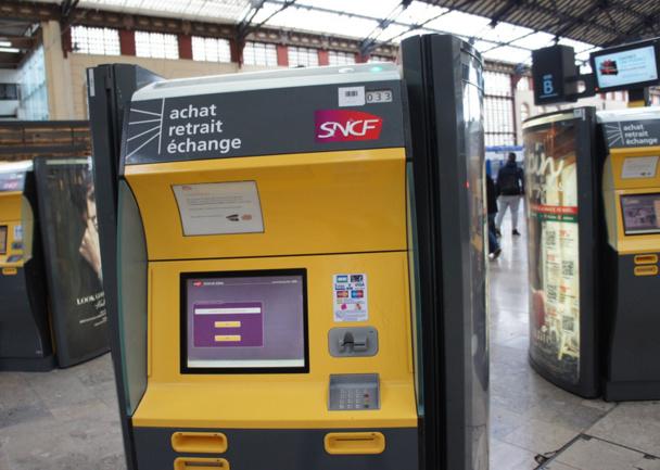 La branche voyageurs, Voyages SNCF (activité TGV) recule de -1,1%. Photo CE