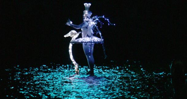 Le spectacle de nuit « Les Orgues de Feu » proposera dès le 11 avril 2015, une nouvelle mise en scène, portée par les musiques de Mozart, Delerue, Bach ou Bizet Photo Puy Du Fou Copyright