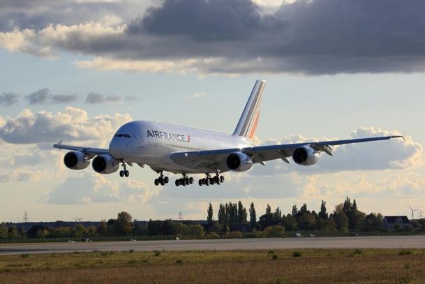 Air France-KLM paie la facture après la grève des pilotes d'Air France en septembre 2014 - Photo LINDNER-PHOTOGRAPHY.COM