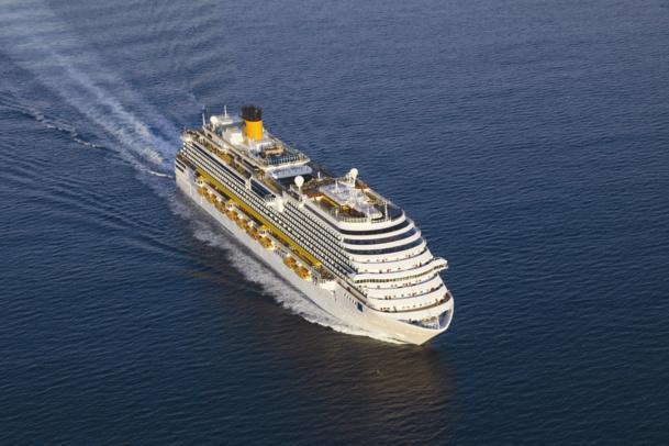 """Considéré comme """"l'ambassadeur de l'excellence italienne"""", le Costa Diadema navire amiral de la compagnie italienne, vient d'accueillir durant 5 jours en Méditerranée les 1 500 meilleurs vendeurs Costa  du monde - DR : Costa Crociere"""